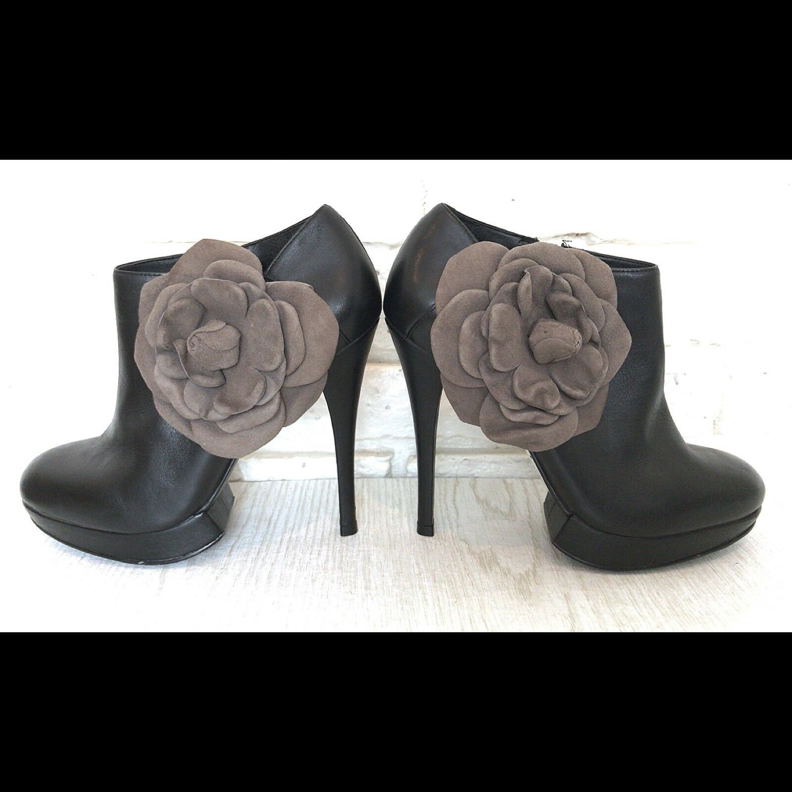 Kelsi Dagger pinkbella Black Leather Ankle Boots Booties size 6 Suede Flower