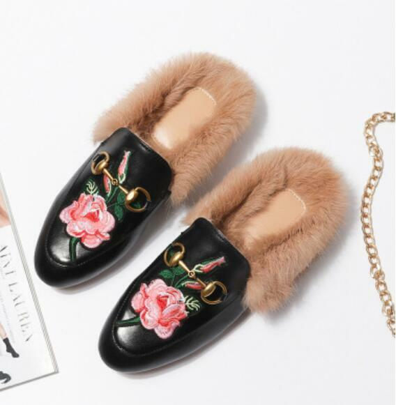 Womens Embroidery Loafer Loafer Loafer Slipper Horsebit Leather Rabbit Fur Lined Mules shoes 8a3da0