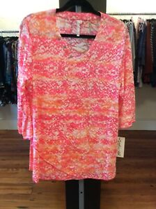 Medium-Lulu-B-Asymmetrical-Print-Tunic-Retail-49