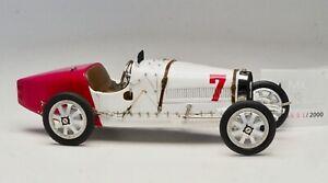 CMC-Bugatti-Type-35-Nation-Color-Project-Poland-1924-1-18-Scale-M-100-B-003
