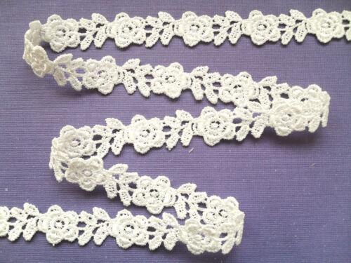 """/""""Laces Galore/""""  Ivory Rose Guipure//Venise Lace Trim 1.5 cm  Bridal Trim Craft"""