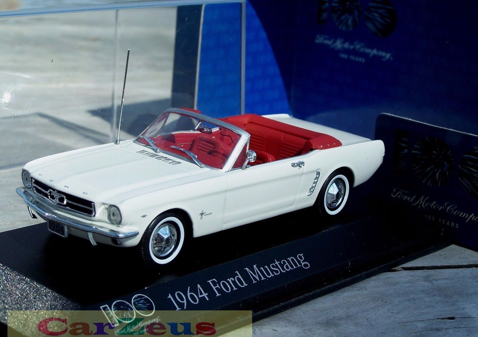 1 43 Minichamps 1964 Ford Mustang Congreenible, 100 Years of Ford Heart and Soul