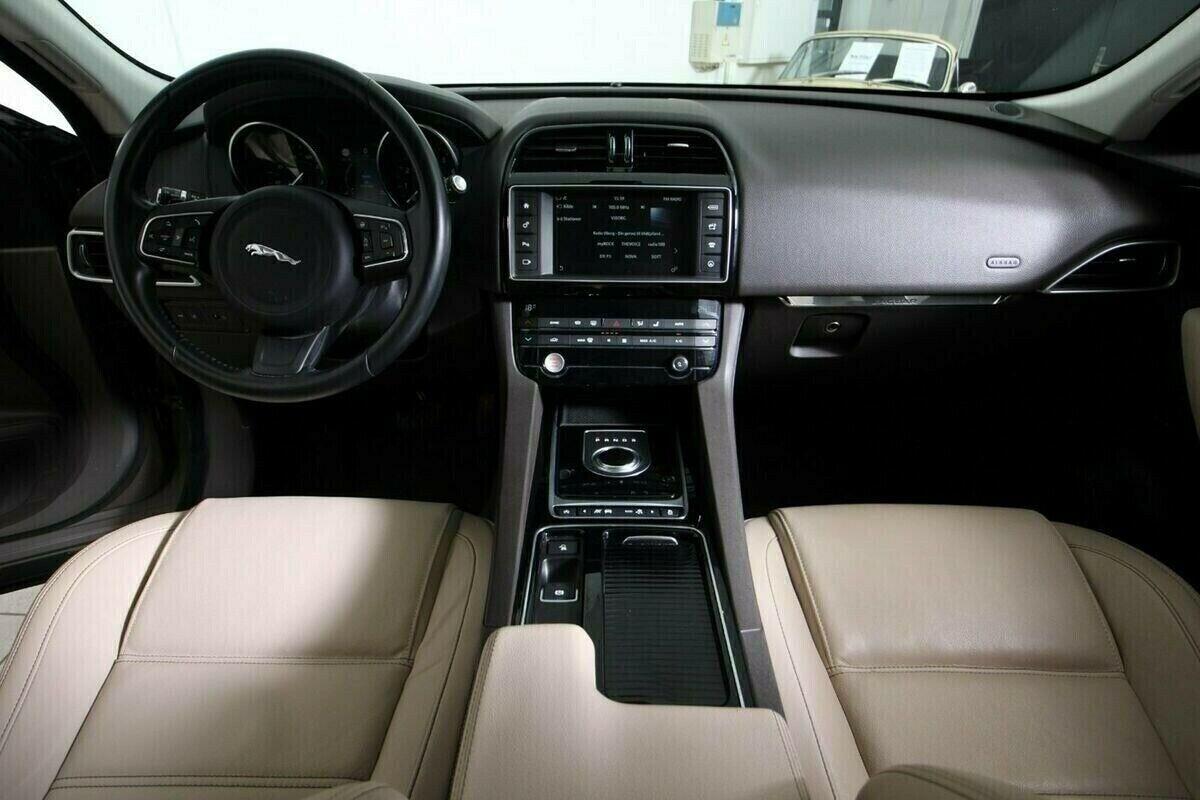 Jaguar F-Pace P340 Prestige aut. AWD Van