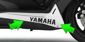 Adesivi-sottopedana-Yamaha-TMAX-530-T-MAX-stickers-decal-tuning-moto-racing