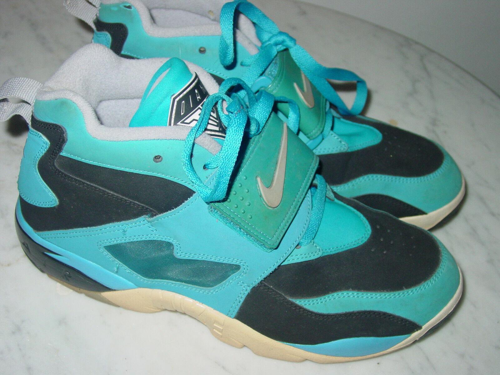 2013 Nike Air Diamond Turf Black Wolf Grey bluee Hero Training shoes  Size 10.5