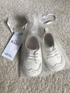 M\u0026S White Leather Pram Baby Shoes
