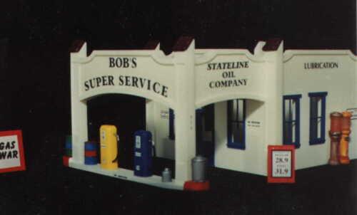 BOB/'S SUPER SERVICE HO-660 HO Scale by Randy Brown