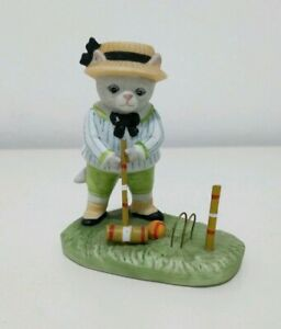 Porcelain-Schmid-Sri-Lanka-Kitty-Cucumber-034-Taking-Aim-034-Playing-Croquet-Figurine