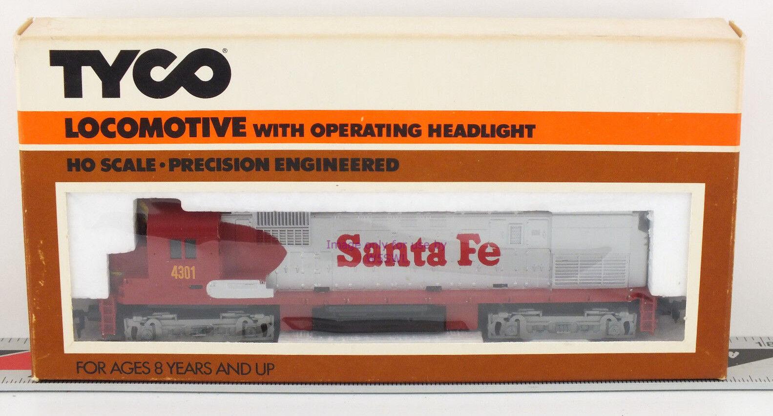 TYCO HO Santa Fe ALCO Locomotive 235-21 Unused Collectible in Box