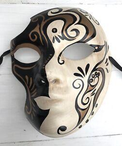 Maske-Venezianische-r-Stil-schwarz-gold-beige-Harlekin-Maske-Karneval