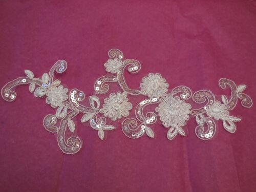 Encaje Floral motif.by Pieza Marfil Boda nupcial Lentejuelas De Encaje Floral Con Apliques