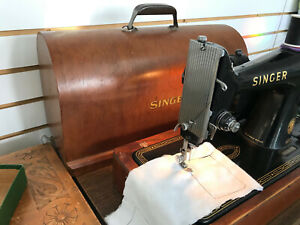Works-Perfectly-Singer-99K-Electric-Sewing-Machine-Bentwood-Case-Knee-Control