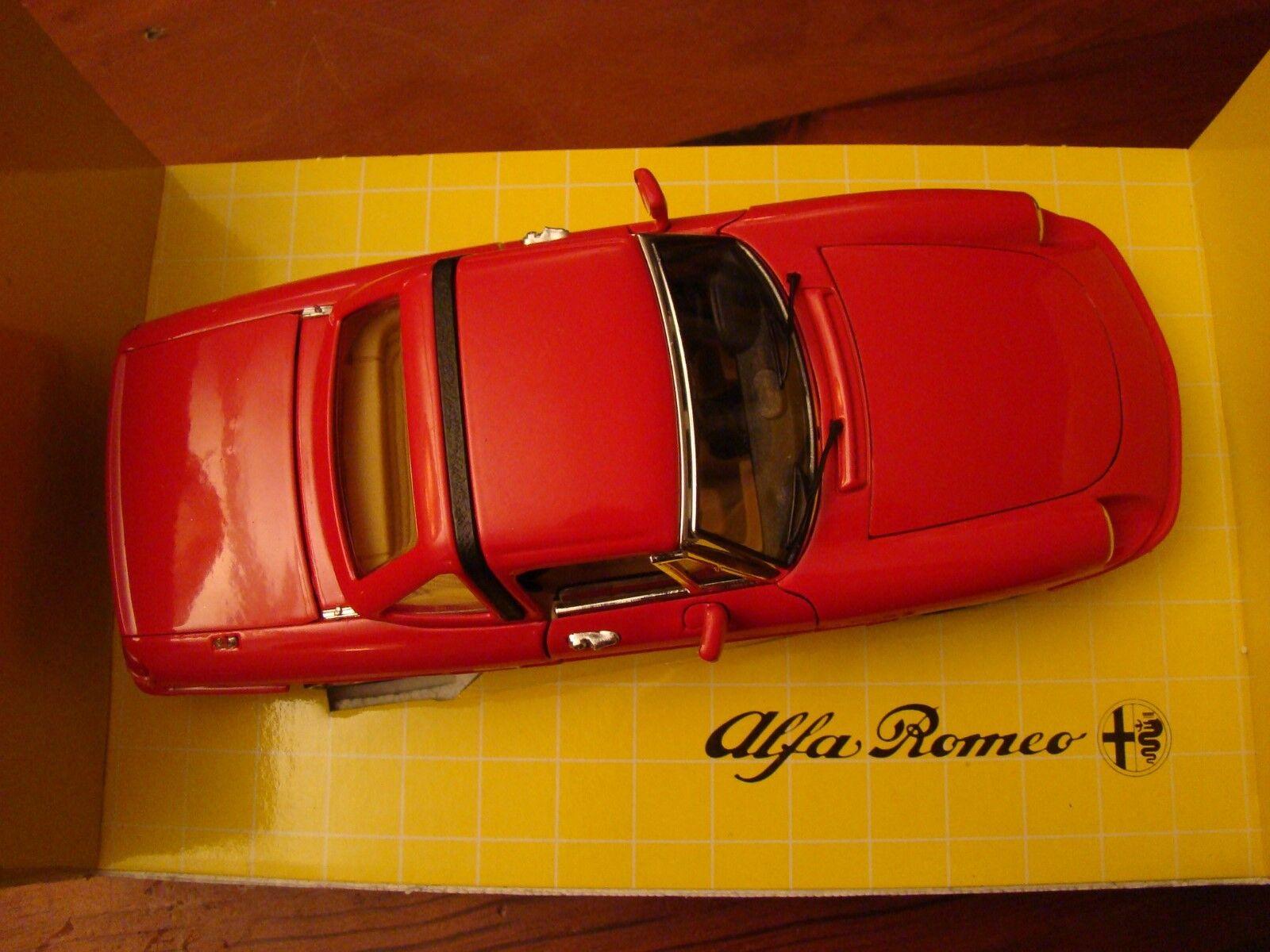 1 18 Alfa Romeo 2.0 Litre Spyder 1992 Factory Hard Top Spider C4 Rare