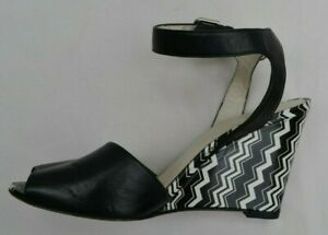 STUART-WEITZMAN-AUTH-399-Women-039-s-Black-and-White-Leather-Wedge-Sandals-Size-6