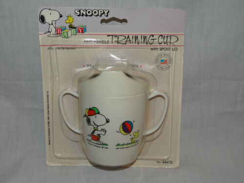 NEW IN PACKAGE VINTAGE SNOOPY TWO HANDLE TRANING CUP