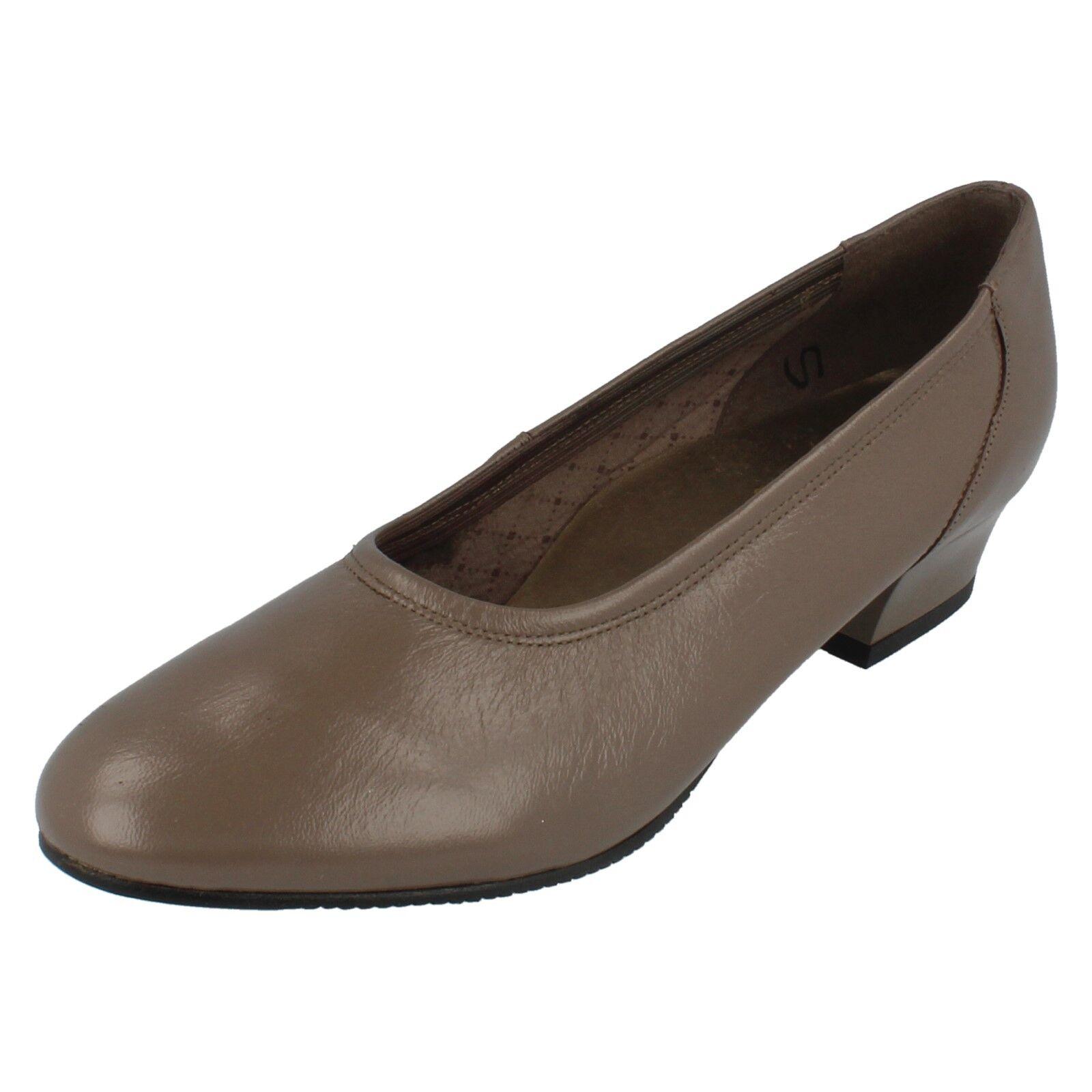 Ladies DEBORAH Dark taupe leather court shoe UK 6.5 BY EQuity  £9.99