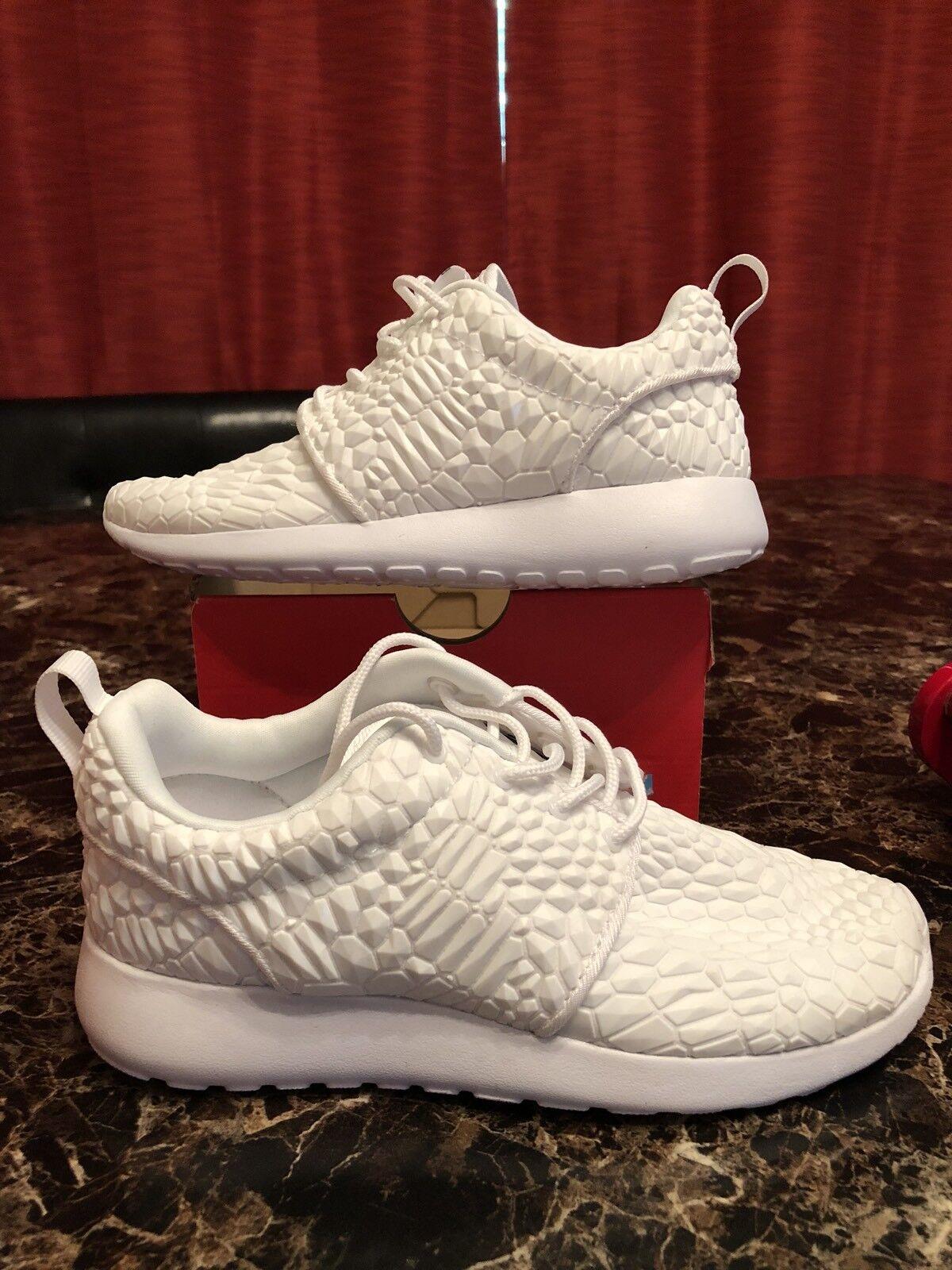 Nike Roshe One DMB White On White Diamondback  807460-600 Womens size 5