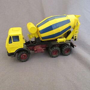 719B-Conrad-3044-Mercedes-Camion-TP-Betonniere-Toupie-1-50