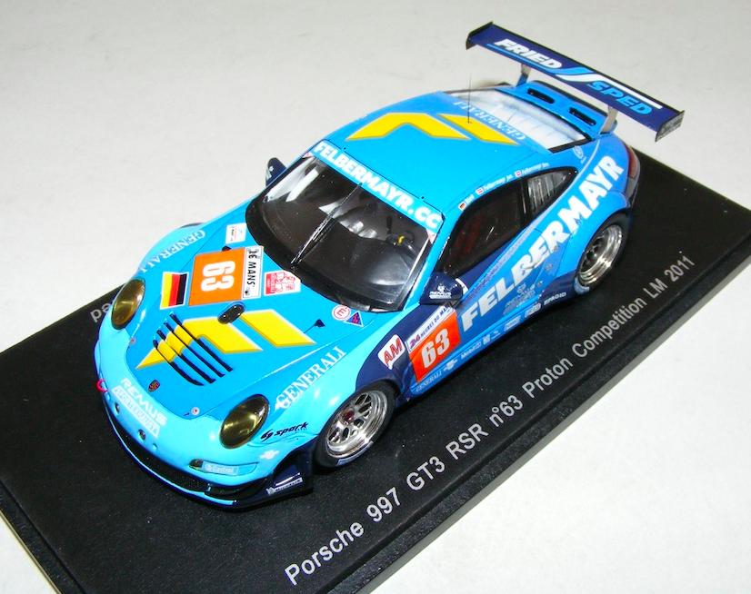 1 43 SPARK PORSCHE 911 GT3 RSR  997  voiture  63 de 2011 24 H de LeMans S3421