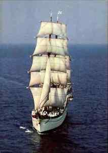 Schiffsfoto-AK-1960-70-Schiff-Segelschulschiff-Segelschiff-GORCH-FOCK-Sailing