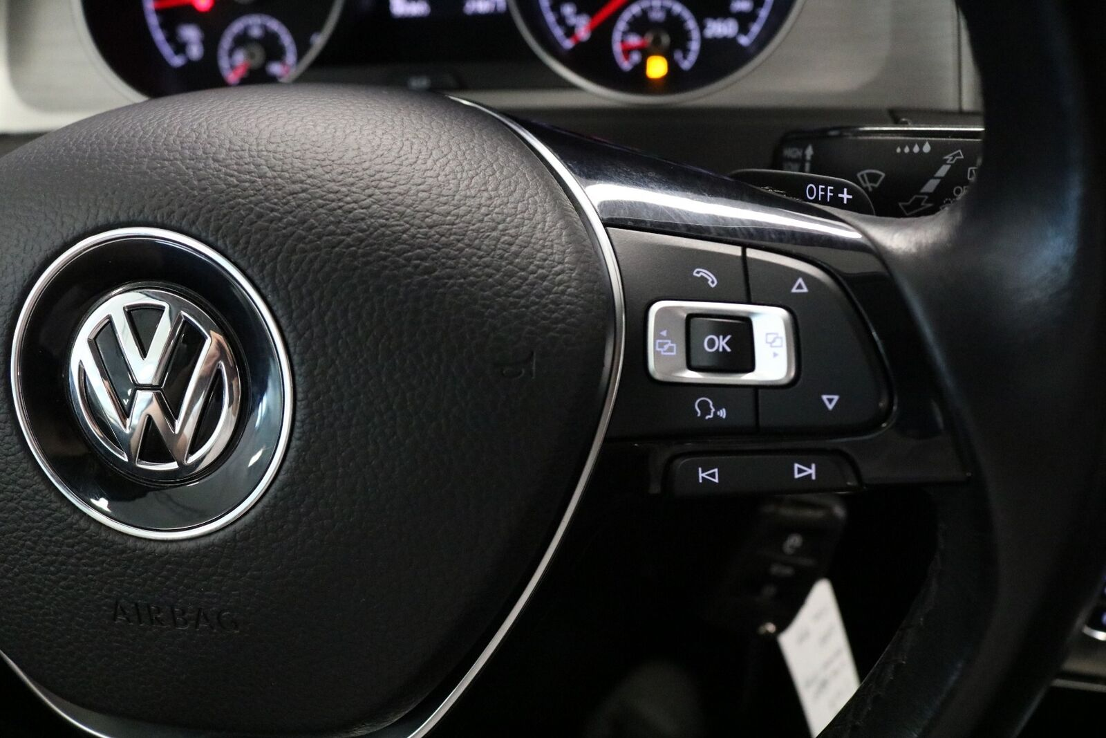 VW Golf VII TDi 110 BlueMotion Variant DSG
