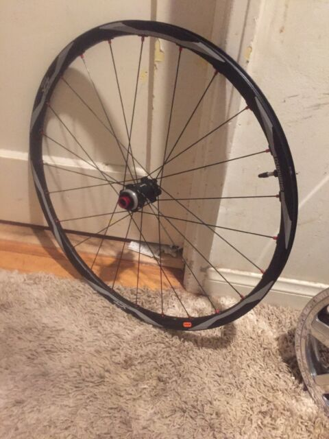"""New Shimano Deore XT WH-M770 26/"""" Front Rim 20 Holes For V-brake 26/"""""""