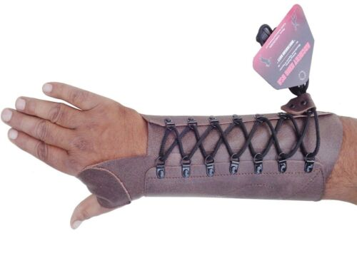 SHOOTING ARM GUARD MADE WITH ANTIQUE COW LEATHER ARCHERY PRODUCTS AG0084 R-HAND.
