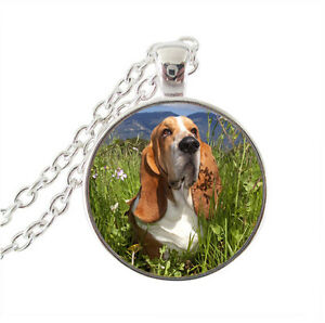 Lovely Basset Hound Dog Necklace Stunning In Organza Gift Bag - <span itemprop=availableAtOrFrom>Alfreton, United Kingdom</span> - Returns accepted Most purchases from business sellers are protected by the Consumer Contract Regulations 2013 which give you the right to cancel the purchase within 14 days after the day - Alfreton, United Kingdom