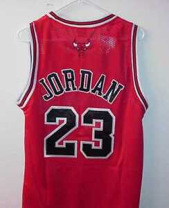MICHAEL-JORDAN-CHICAGO-BULLS-JERSEY-SIZE-48-NEW-WITH-TAGS