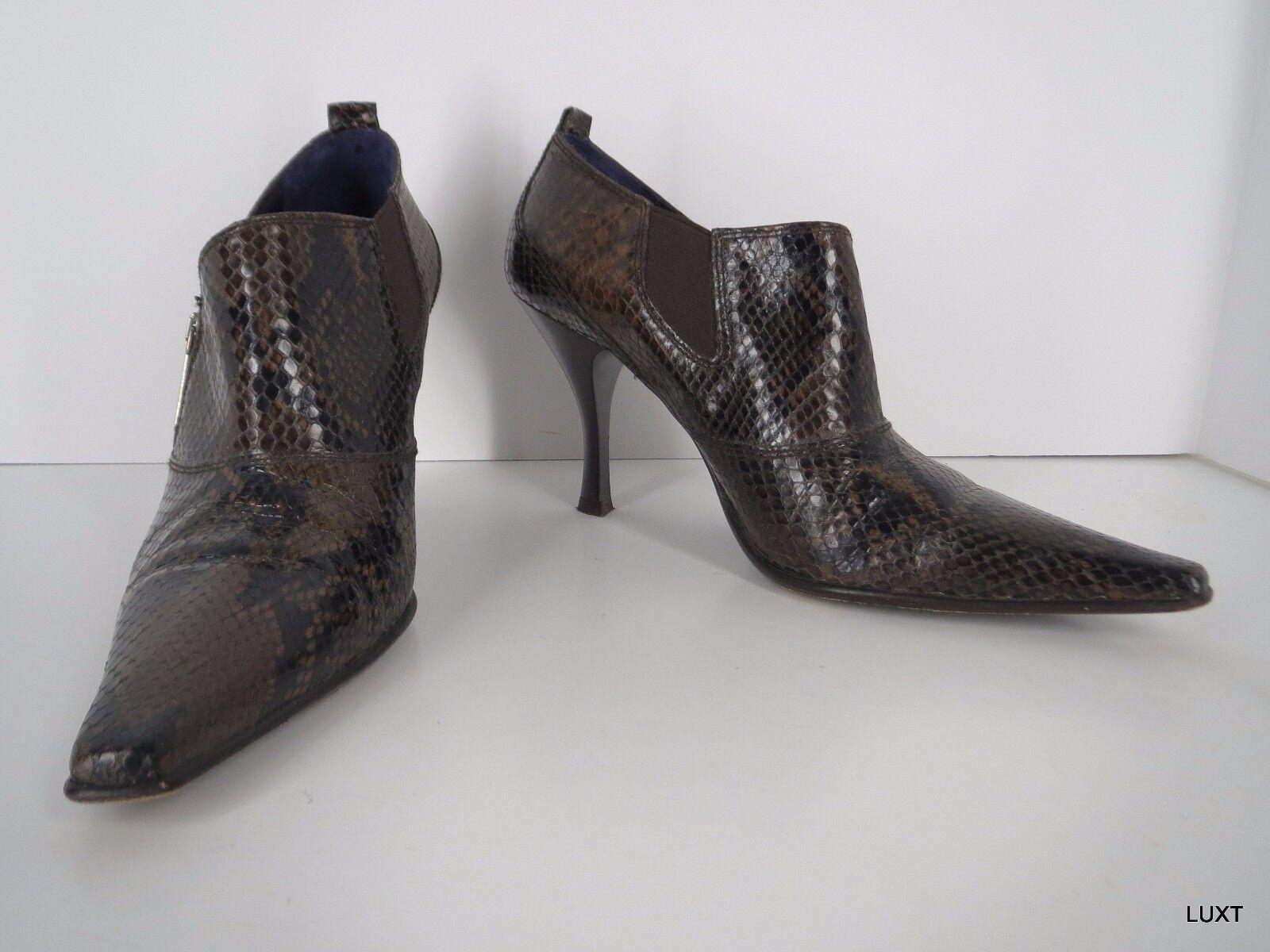 Donald Toe Pliner Booties Braun Snakeskin Print Leder Pointy Toe Donald Zip Heels Größe 9 087e29