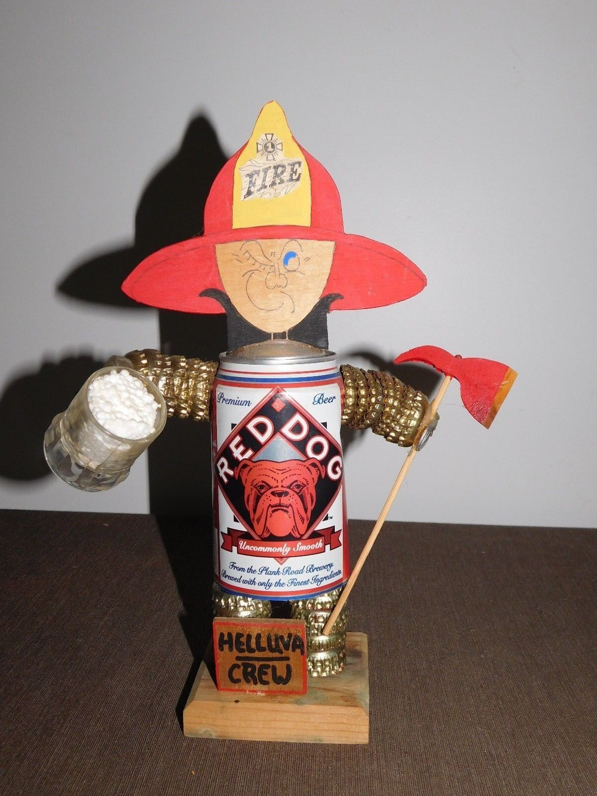 VINTAGE NOVELTY 11 1 2  HIGH rot DOG BEER CAN FIREMAN STATUE POP OUT PEE PEE