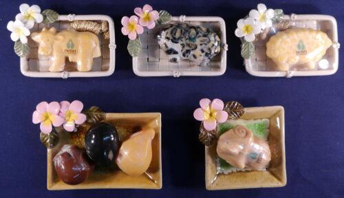 Blüte Keramik incl Gratis Seife in Tierform tolle Seifenschalen mit Frangipani