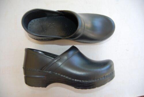 Us 5 Leather Clogs Eu Dansko 6 Stapled 37 7 Black wFTRnYPqw
