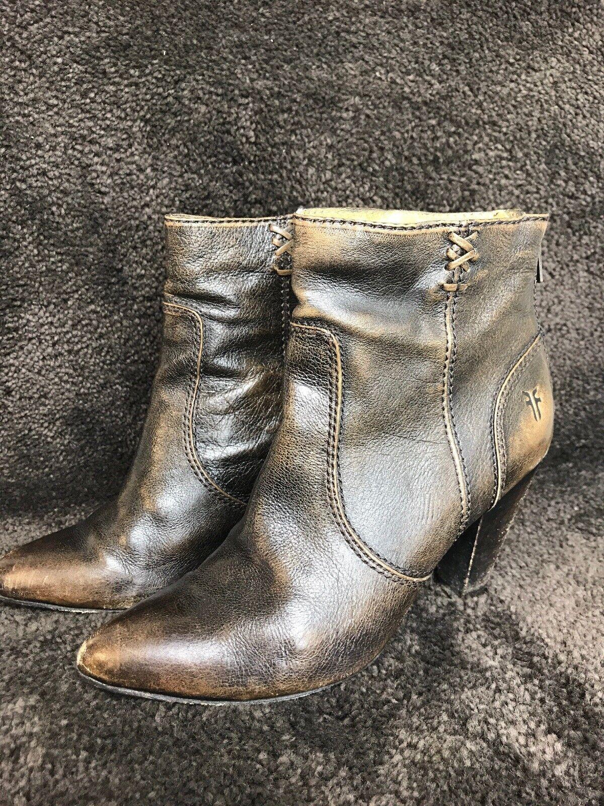 donna's Frye Regina Heel avvioie Ankle Heel Sz 6M Marronee Vintage Look