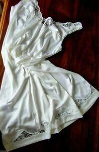 vIntage-COMBINAISON-1980-polyamide-blanc-old-clot