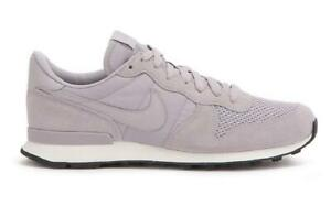 best sneakers 02f37 b7c74 Image is loading Mens-NIKE-INTERNATIONALIST-SE-Atmosphere-Grey-Trainers -AJ2024-