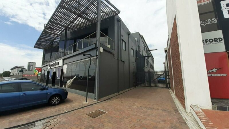 198sqm Commercial office space to rent in Paarden Eiland