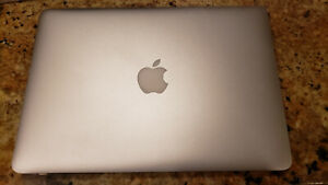 Apple MacBook Pro A1502 13.3 inch Retina Display Laptop - (March, 2015)