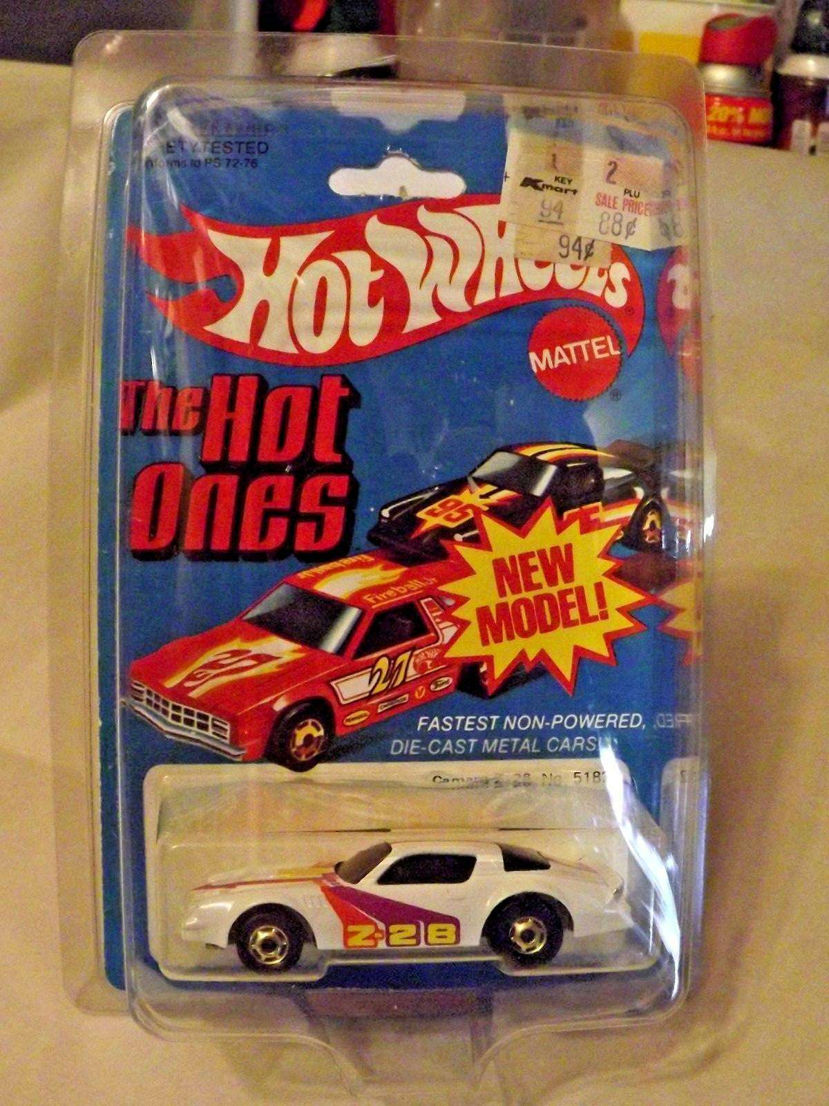Hot Wheels_Camaro Z-28_1982  Hong Kong W(Camro Error) 5182 (VHTF)