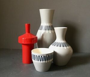 Vintage-Hornsea-Pottery-John-Clappison-Grey-Slipware-Vases-and-Plant-Pot