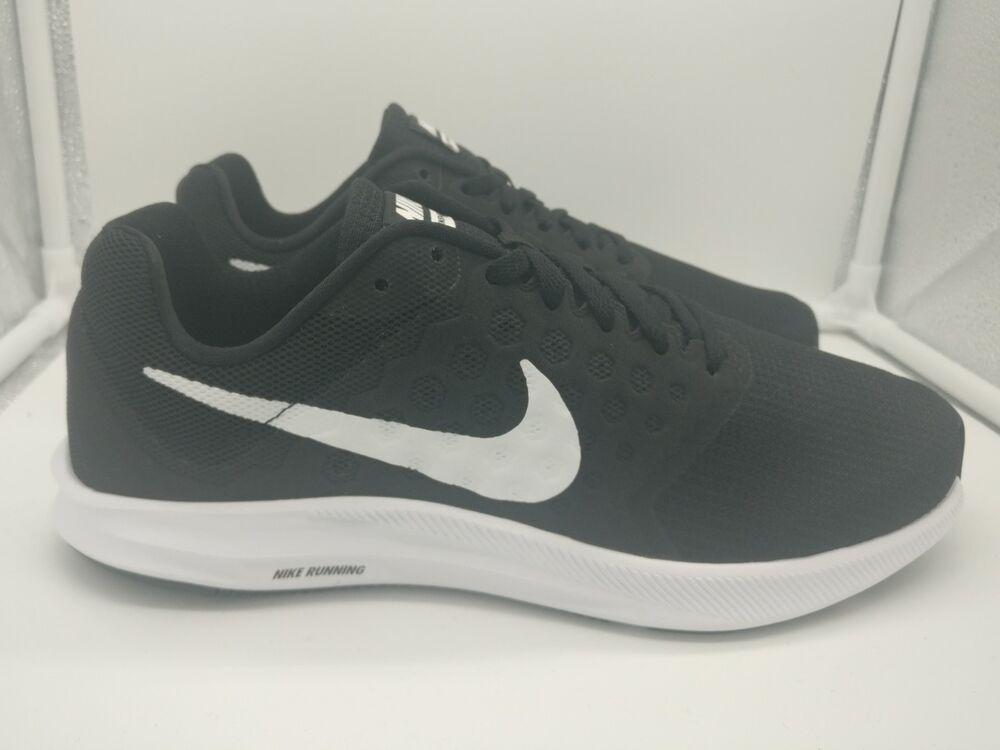 Nike Downshifter 7 uk 10 Noir Blanc 852459002-