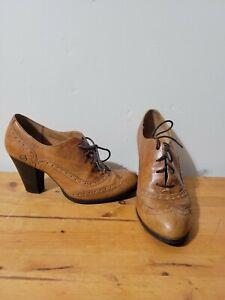Born Womens Heels Waverly Tan W12431 Size 9 M Brogue Pumps Booties