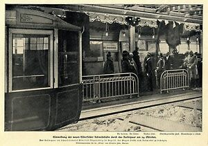Einweihung-der-neuen-Elberfelder-Schwebebahn-durch-das-Kaiserpaar-am-24-Okt-1900