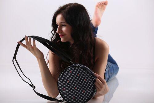 Blutgeschwister Damen Tasche  love is all around handbag  004990094007 Neuware