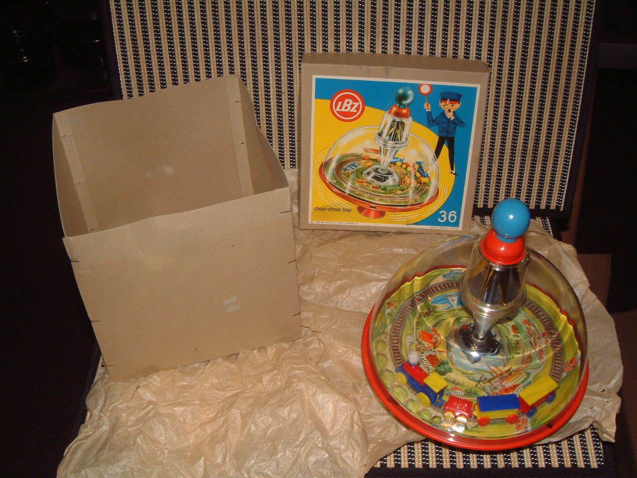 1963 LBZ TIN & PLASTIC SPINNING  CHOO-CHOO TOP  WESTERN GERMANY W/ORIGINAL BOX