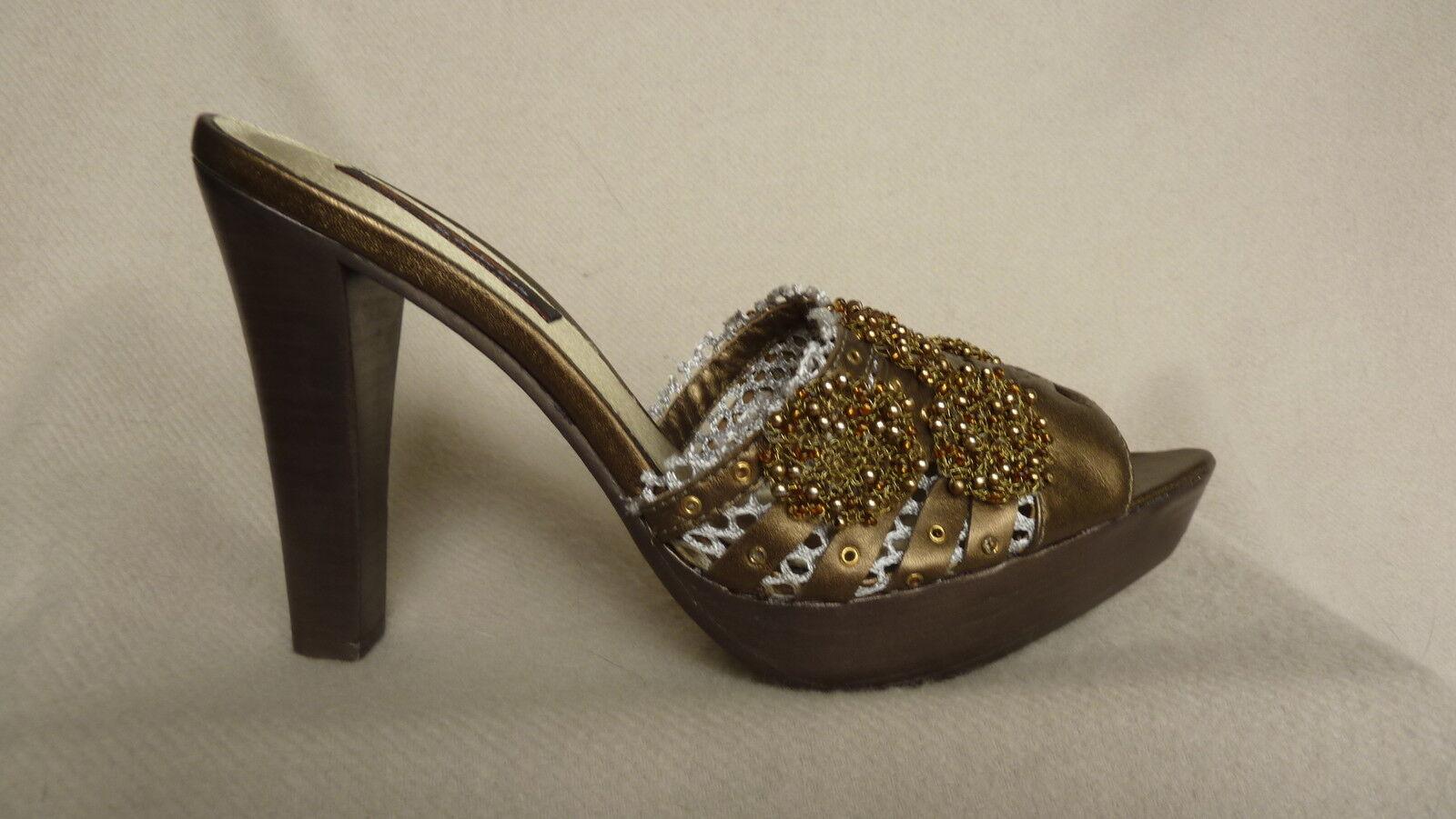Morenatom Couture Platform Slides, sixes 6-8, NIB/279.00 retail