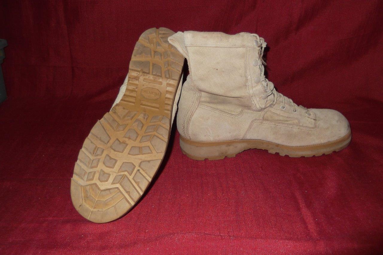 Military Boots 10 Reg Desert Tan USA Combat Cold WX Work Men Boys 402