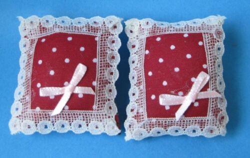 Coussin Bordure en Dentelle Boucle 2 pièce maison de poupée mobilier décoration miniatures 1:12
