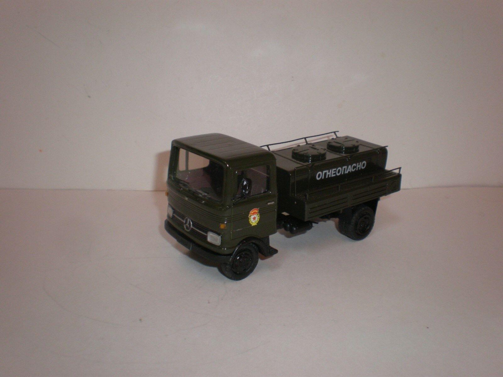 1 43 Military airport tanker Mercedes Benz    LP  608    1960's cfede7