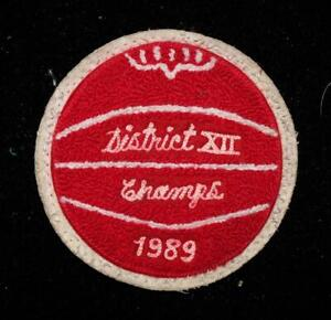 VINTAGE-1989-SCHOOL-DISTRICT-CHAMPS-RED-AND-WHITE-PATCH-4-1-2-034-X-4-1-2-034